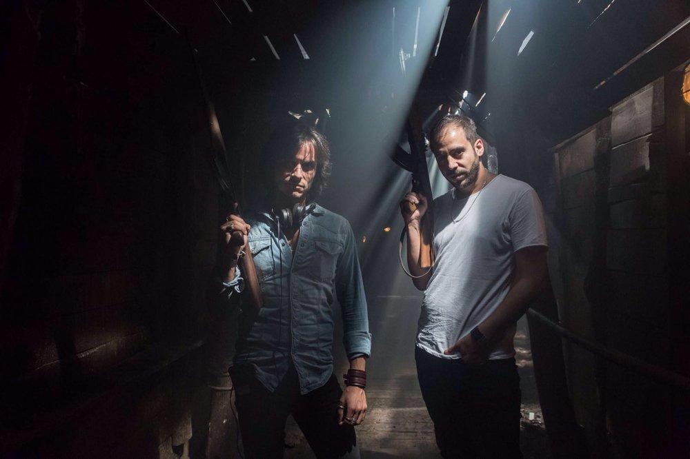 En la fotografía, Gerardo Herrero y Rafael Reparaz en un momento del rodaje.