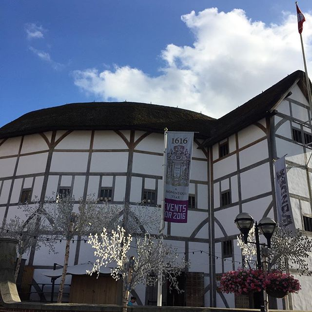 Still find it amazing that the Globe is still here #London