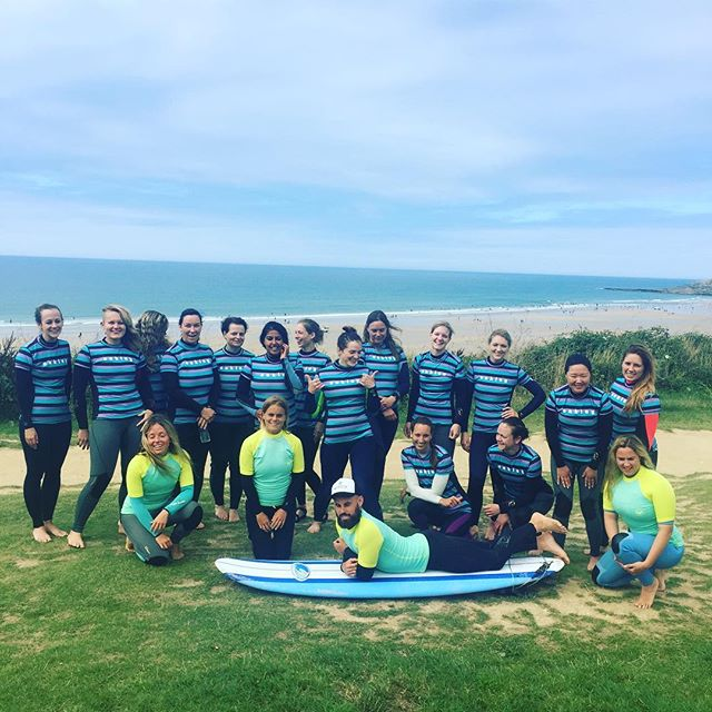 The Surfsistas crew and new SurfMR ready for the afternoon sesh #surf #surfsistas #ocean #fun