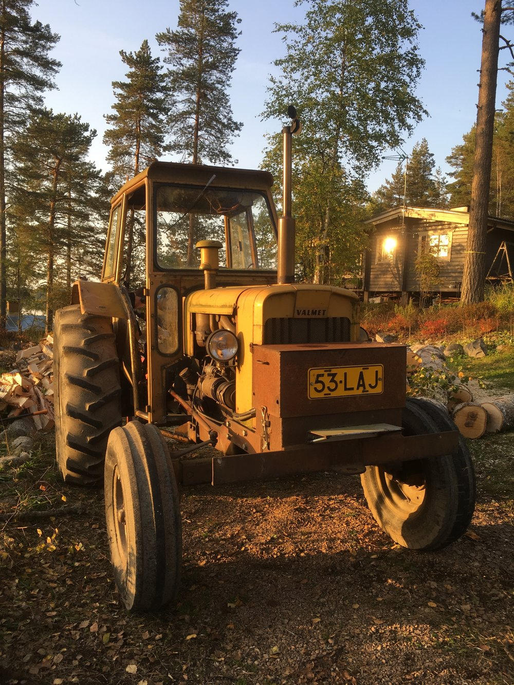 This tractor was a life saver for us! With its hydraulic chopping attachment we managed to go through much more logs than would have been possible manually. As the task was huge, quantity went over quality and some firewood is quite roughly sized :D