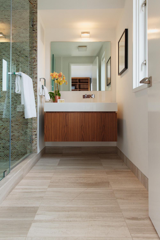 16 Spruce St Master Closet Right Bathroom .jpg