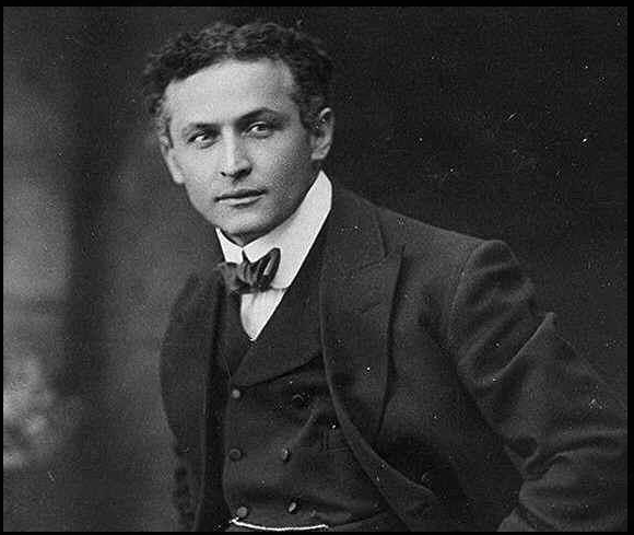Harry_Houdini.png