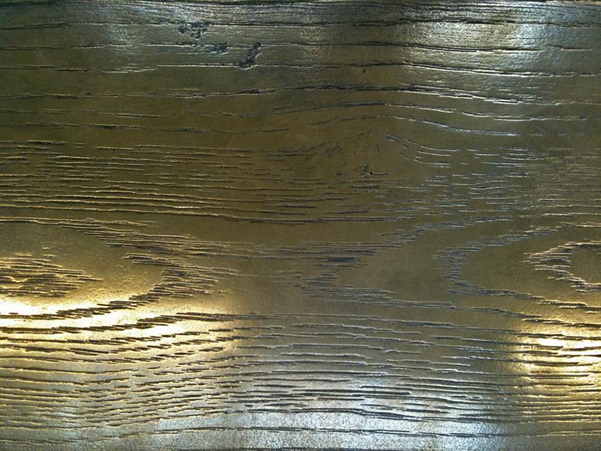 49. Medinis paviršius dengtas plienu.