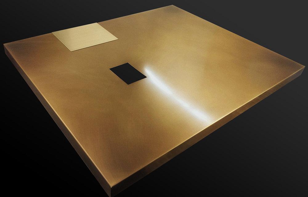 1. Sendinta šlifuota bronza dengta vašku.