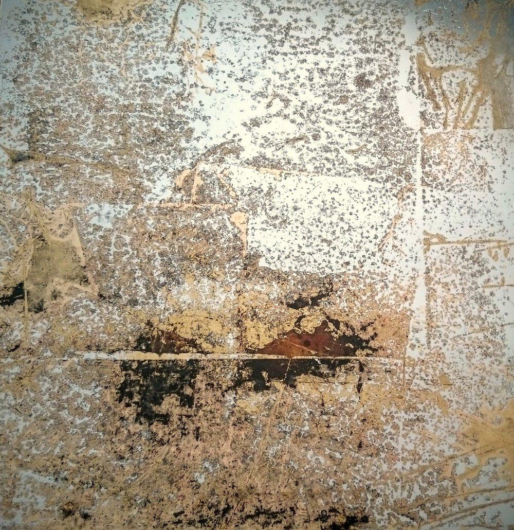 5. Verre Eglomise. Skaidrus stiklas dengtas sidabro ir sendintos bronzos lapeliais.