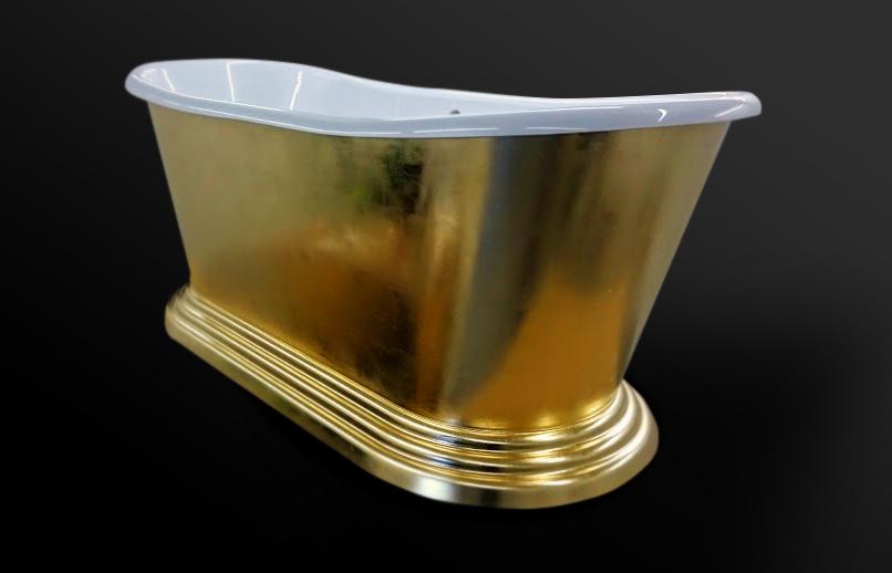 78. Akrilinė vonia dengta šlagmetalo lapeliais