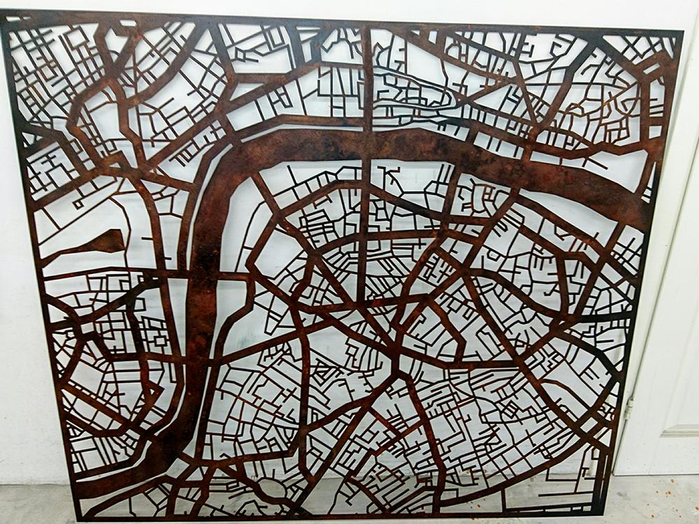 29. Rūdys išgautos ant plieno. Londono žemėlapis.