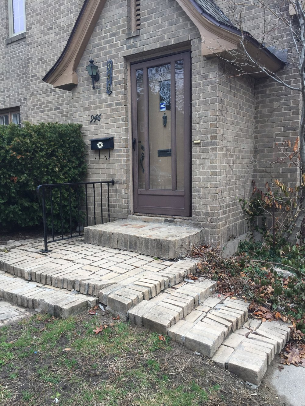 Before: The original front stoop