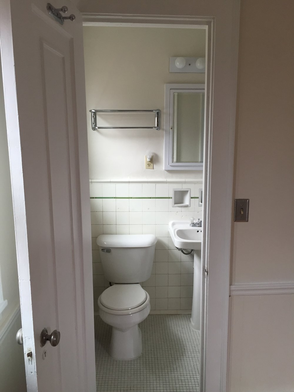 Before: TINY bathroom in master bedroom