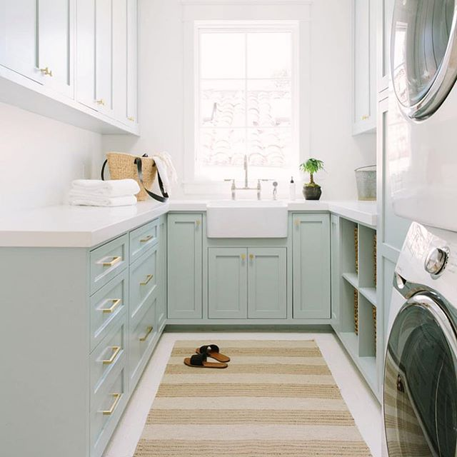 A girl can dream, right?!? I may say a coat if paint can fix a lot of things in your house.... but this laundry room has me all 😍! Getting inspiration for my own #basementlaundry project this morning, and I'm loving all of the white and thoughtful organization in this space by @ritachaninteriors. Check my stories for a peek at the progress and some ideas for how you can update a less-than-IG-ready space when you're updating or staging your home!  #lovingtheordinarymoments #laundryroommakeover #basementlaundryroom #laundryinspiration #interiordecorator #tnchustler #abmlifeisbeautiful #diyhomedecor #mompreneur #habitandhome #homedecorlovers #mamapreneur #wahmlife #decorinspo #alyssadesignsco #styleathome #howwedwell #makersmovement #theeverygirl #calledtobecreative #creativeentrepreneur #myhousebeautiful #designinspo #laundryroommakeover #repostinspiration #grandrapidshomestager #stagingsells #stagingworks #stagingtips