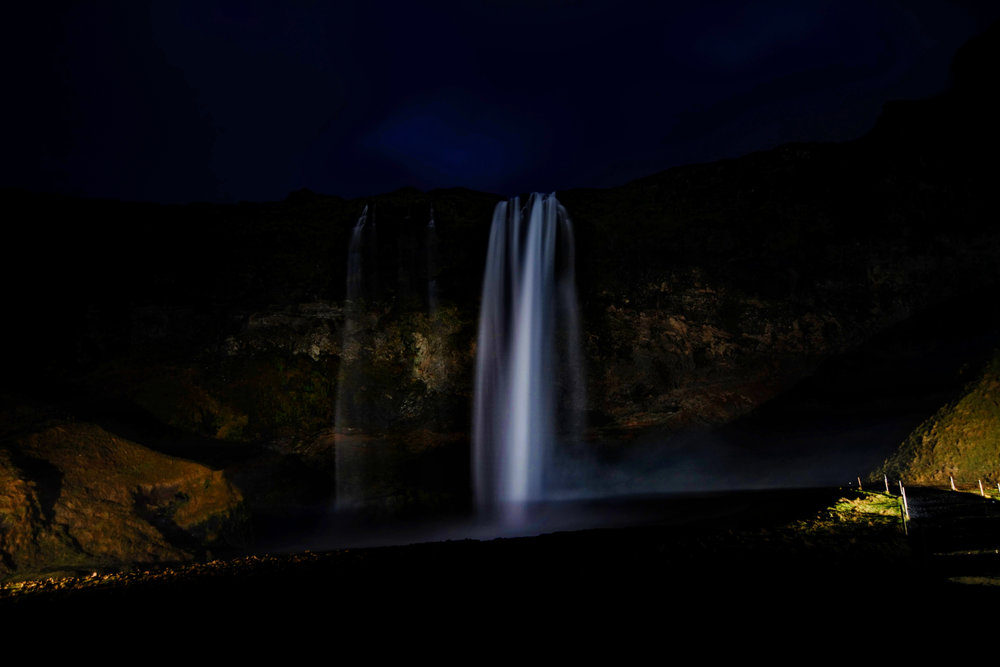 Selfjalandfoss at night