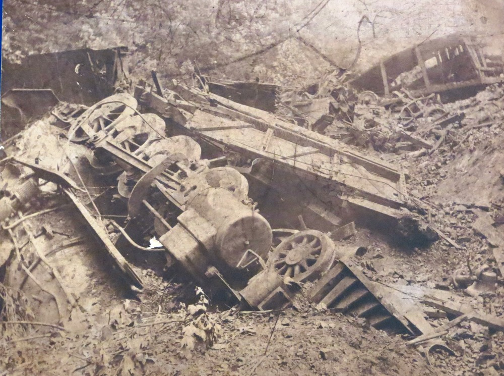 Wreck train on grade.jpg