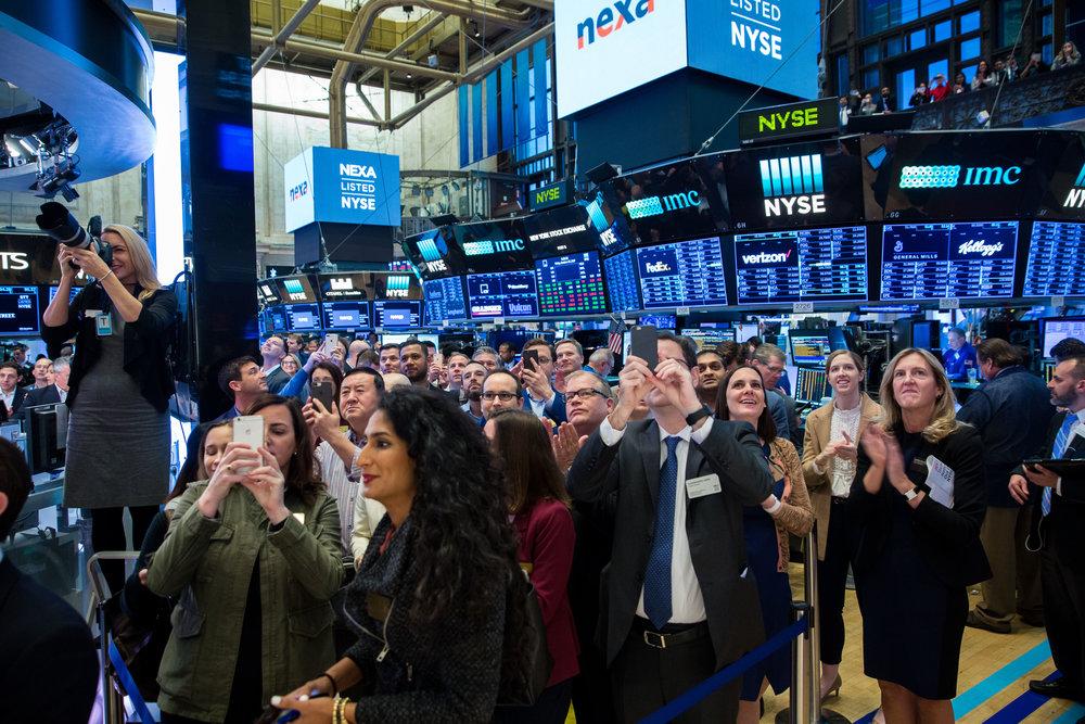 000 NYSE Floor.jpg