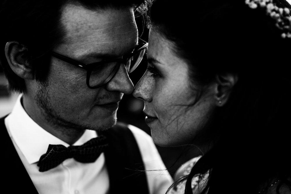 HAMBURG HOCHZEITS FOTOGRAFIE - // MODERN BOHO BARN WEDDING