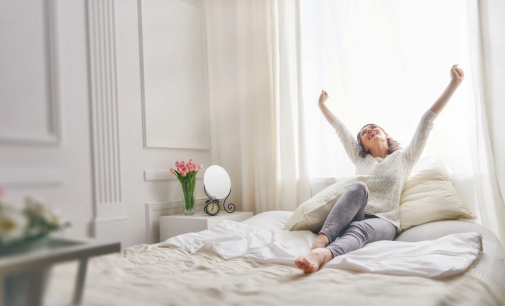 These 5 powerful tweaks will make you a morning person, Cafe Quill - The sun is shining, the birds are chirping, light from a rainbow is streaming in your window as you spring joyfully out of bed to begin your day. No? Ok, some people just seem to always wake up early on the right side of the bed.