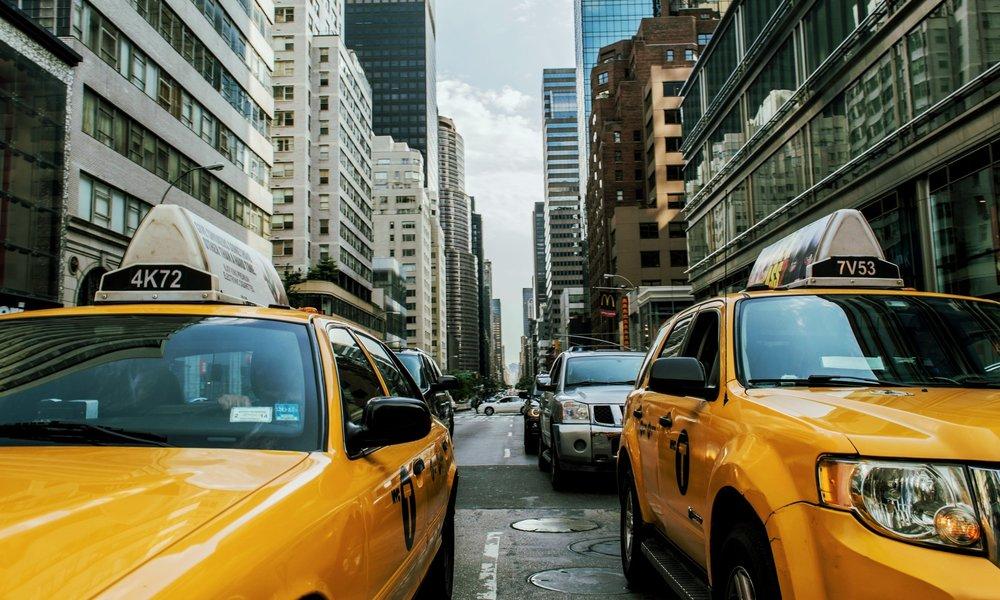 taxi-cab-381233.jpg