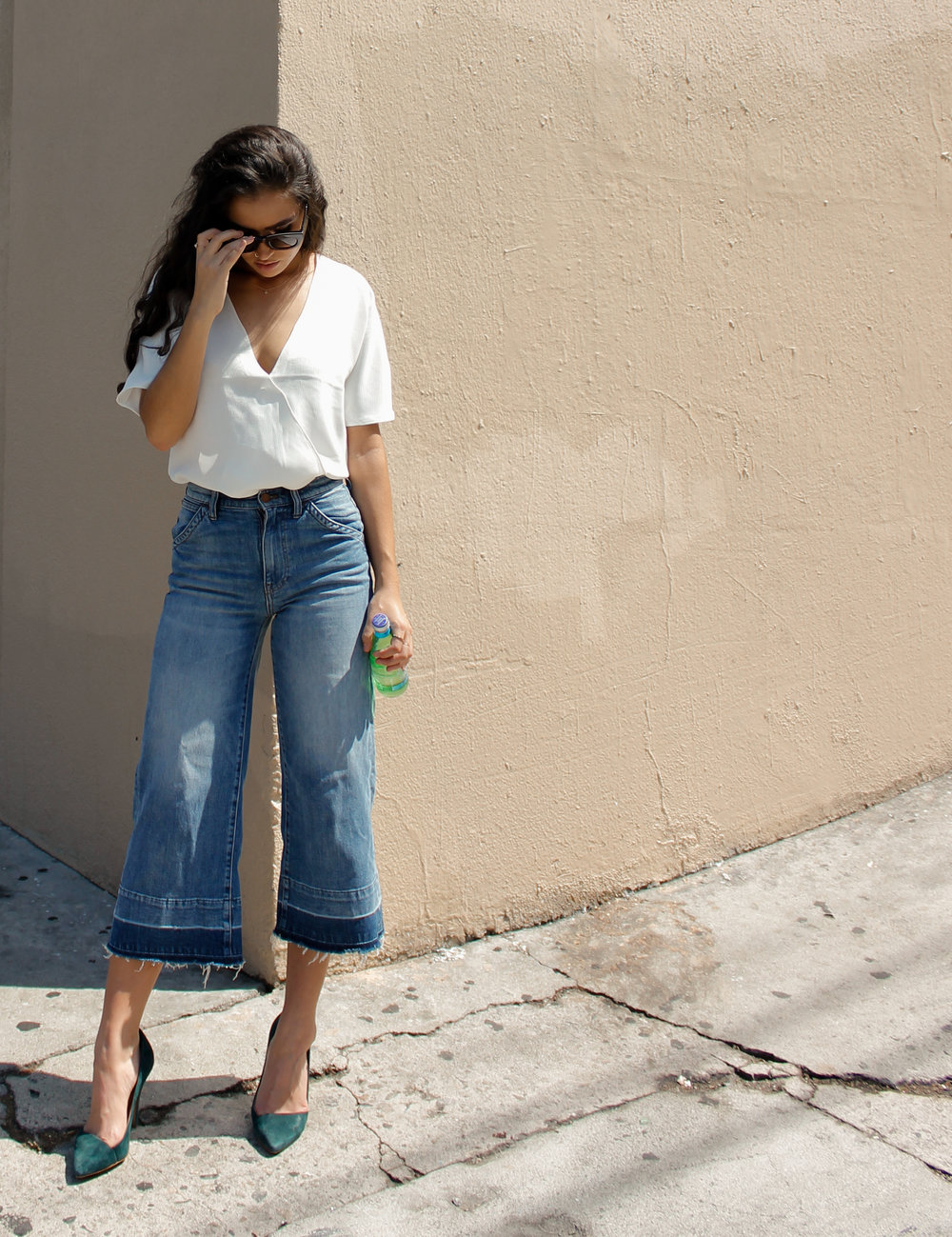 caitlin_miyako_taylor_white_top_and_cropped_denim