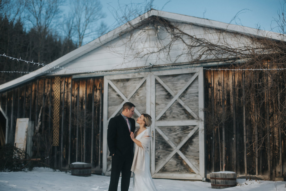 mnd_farm_winter_wedding_004.jpg