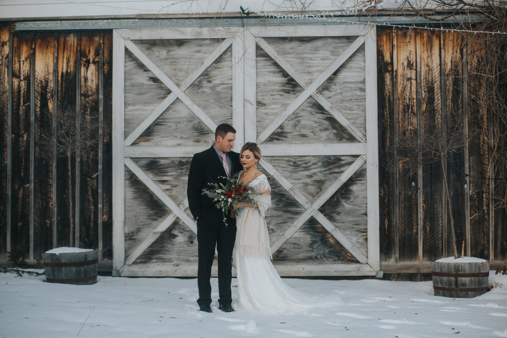 mnd_farm_winter_wedding_005.jpg
