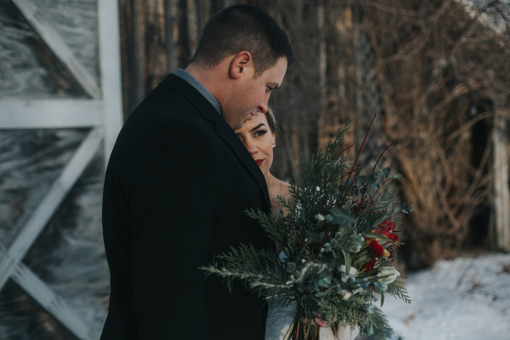 mnd_farm_winter_wedding_009.jpg