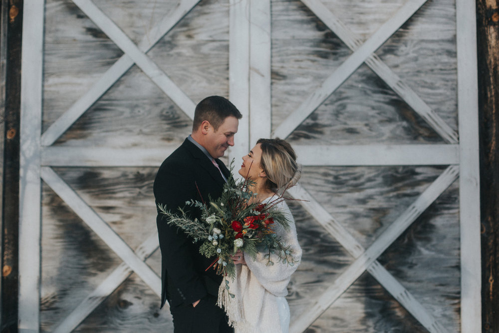 mnd_farm_winter_wedding_013.jpg
