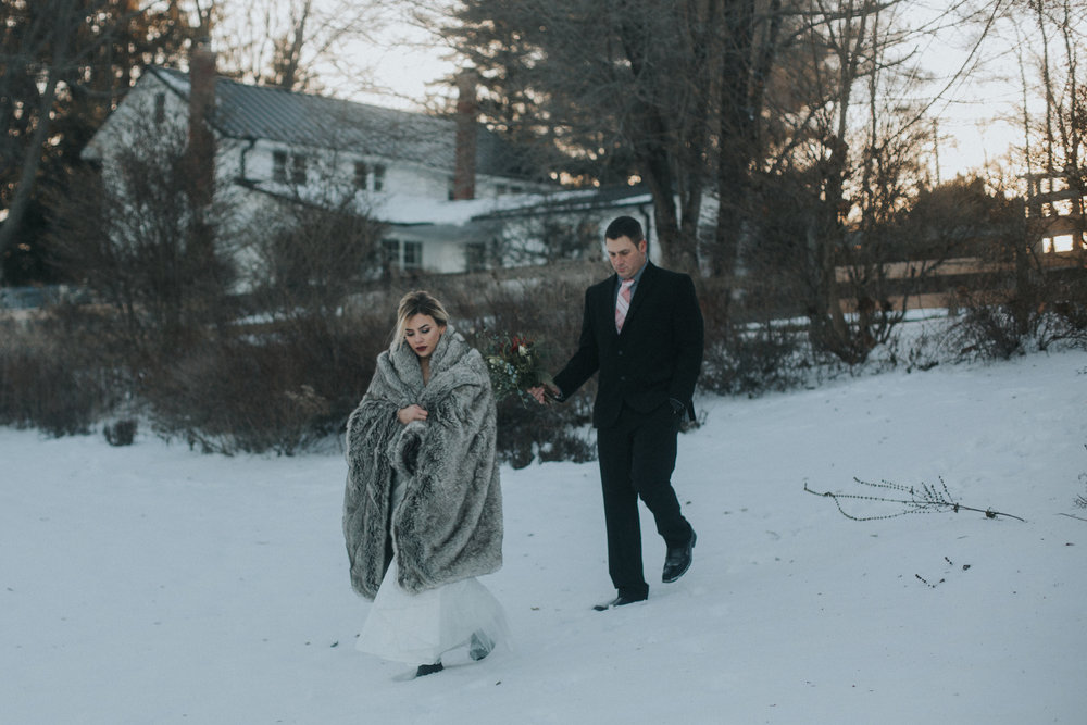 mnd_farm_winter_wedding_027.jpg