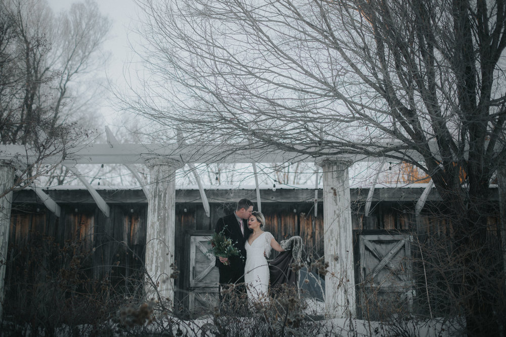 mnd_farm_winter_wedding_026.jpg