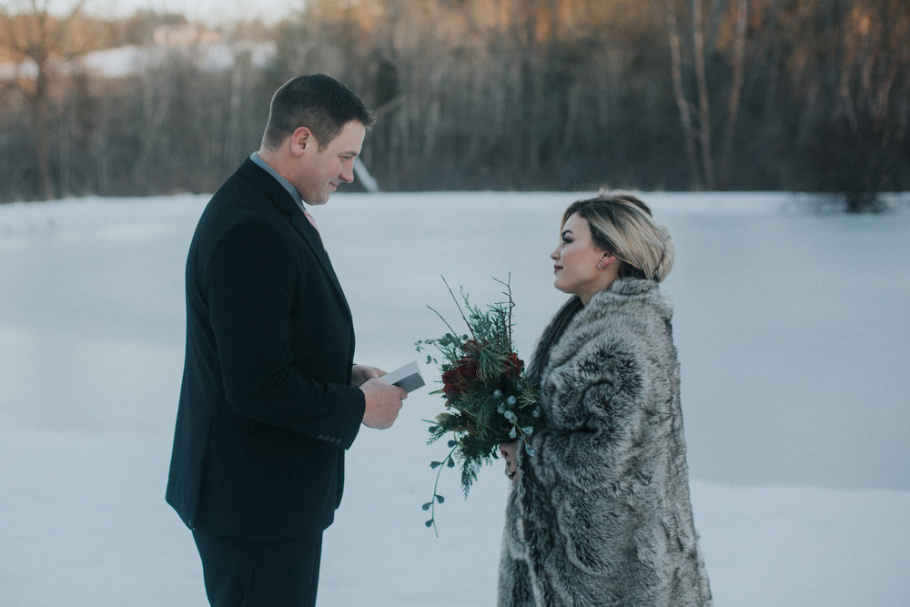 mnd_farm_winter_wedding_029.jpg