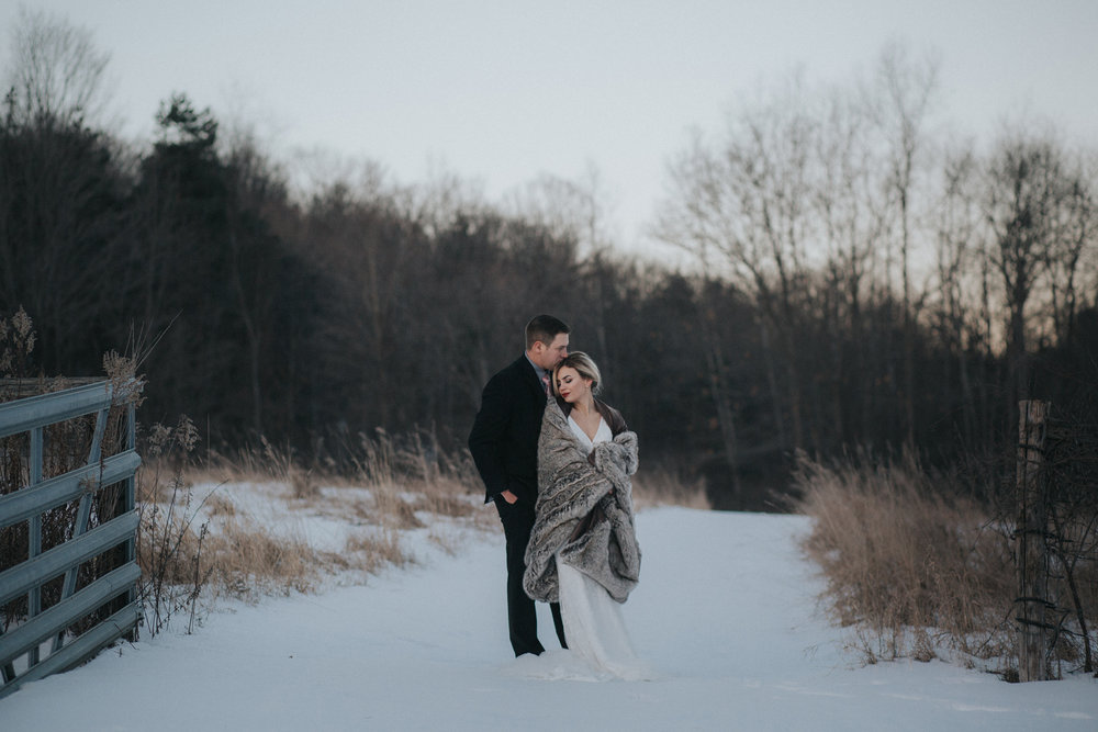 mnd_farm_winter_wedding_039.jpg