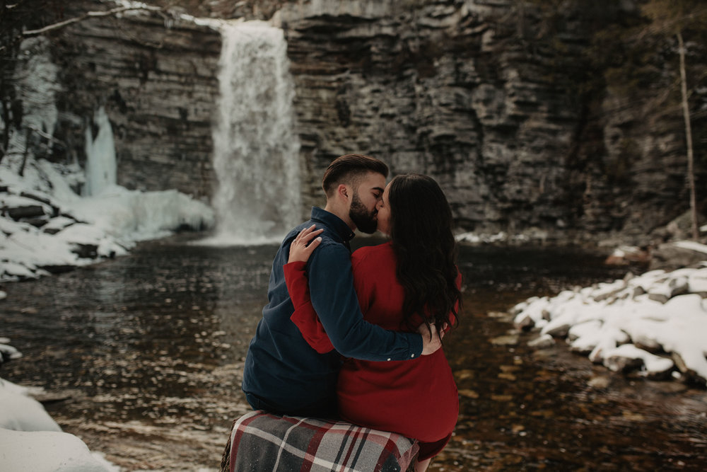 minnewaska_state_park_engagement_photos_043.JPG