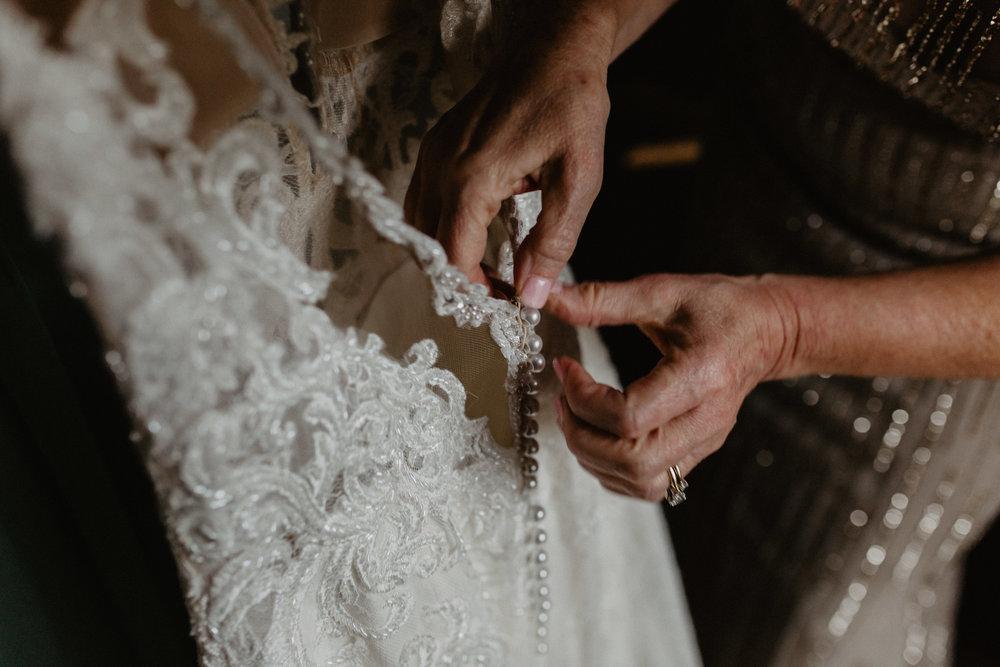 old_daley_on_crooked_lake_wedding_-19.jpg