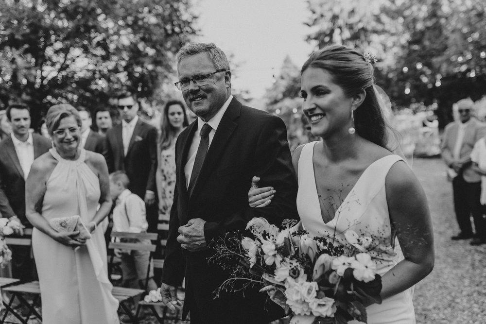 m_and_d_farm_wedding_0036.jpg