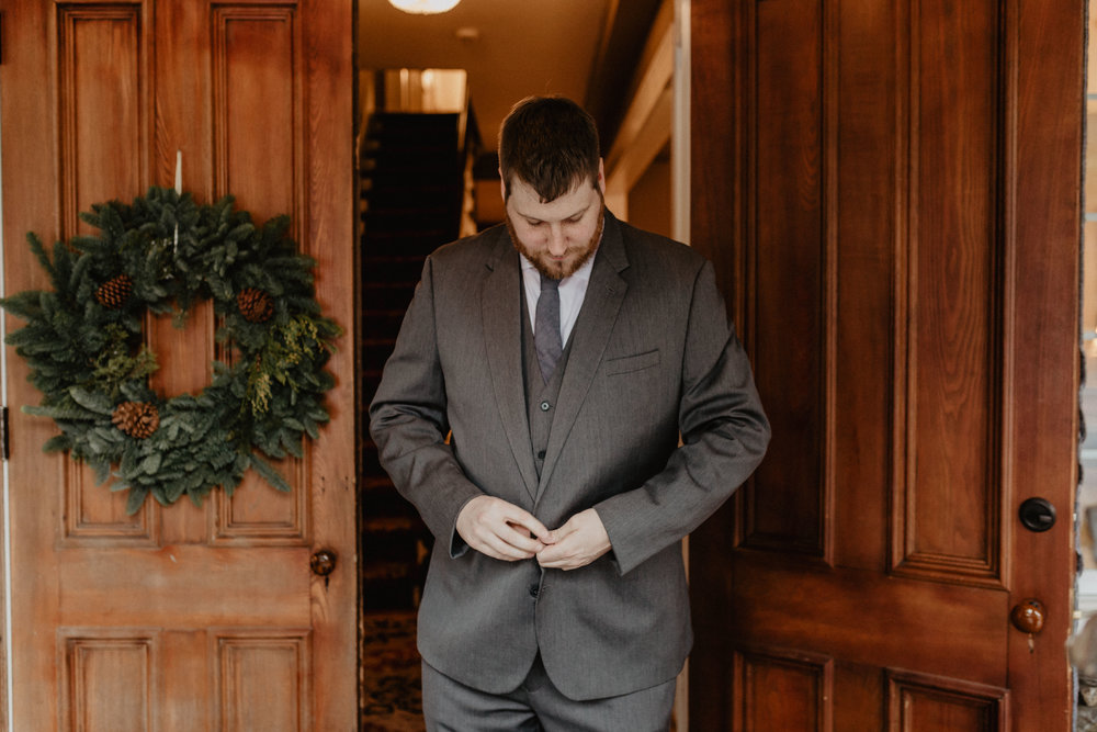 old_daley_on_crooked_lake_wedding_012.jpg