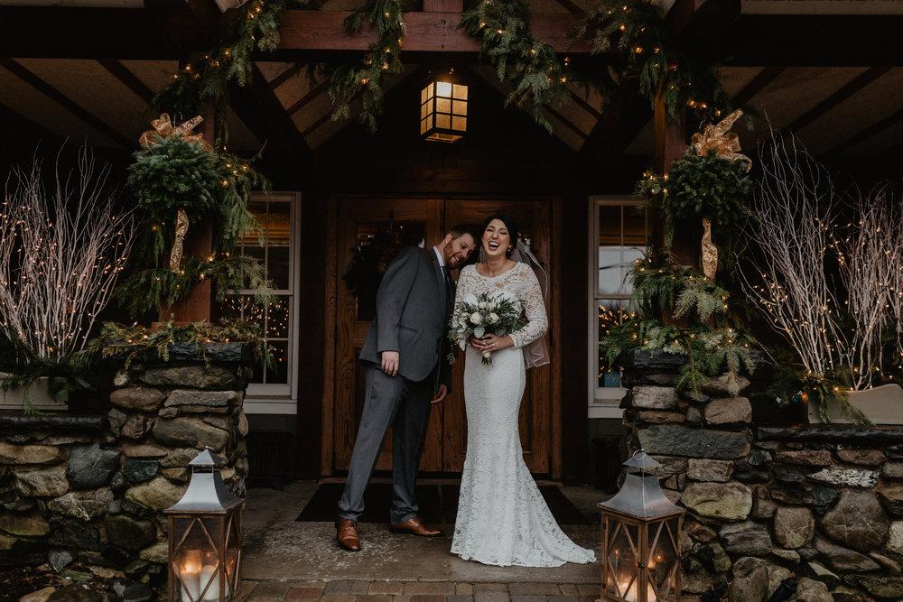 old_daley_on_crooked_lake_wedding_030.jpg