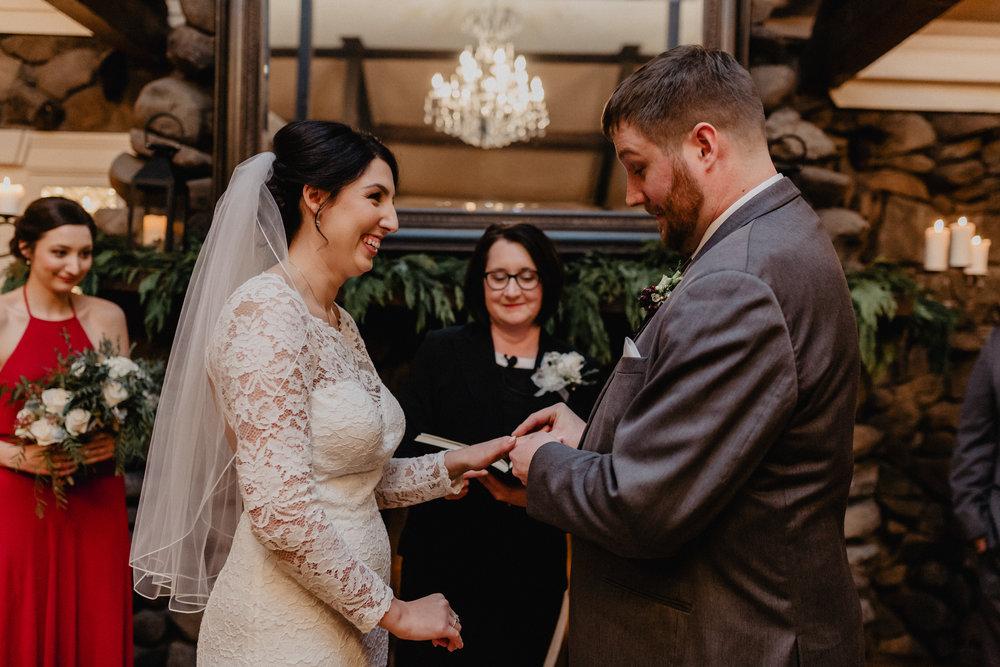 old_daley_on_crooked_lake_wedding_052.jpg