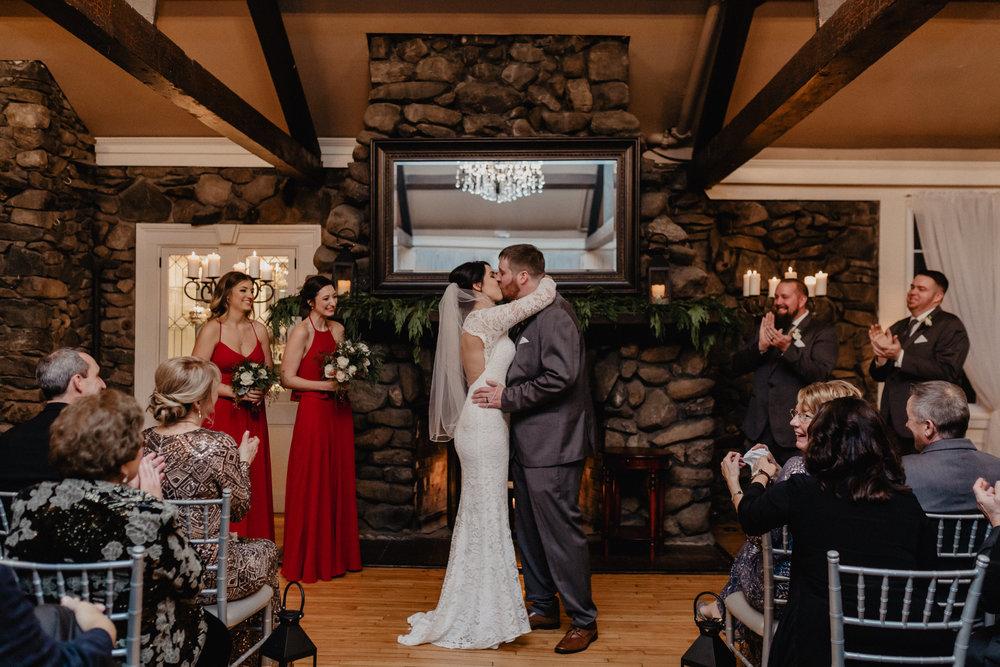 old_daley_on_crooked_lake_wedding_054.jpg