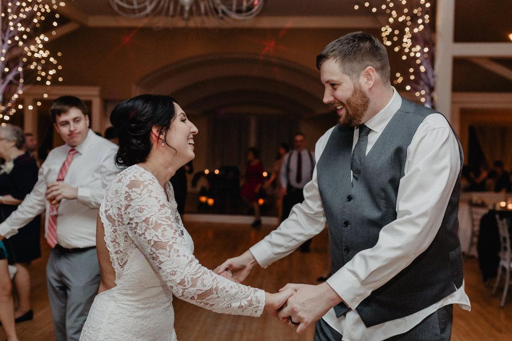 old_daley_on_crooked_lake_wedding_096.jpg