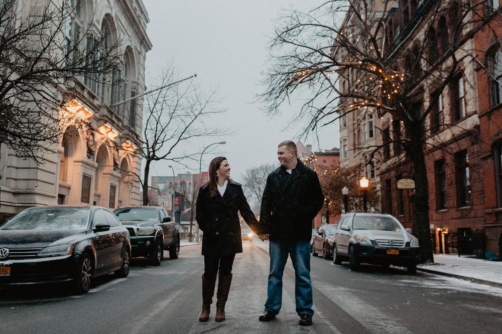 upstate_new_york_engagement_photos-41.jpg