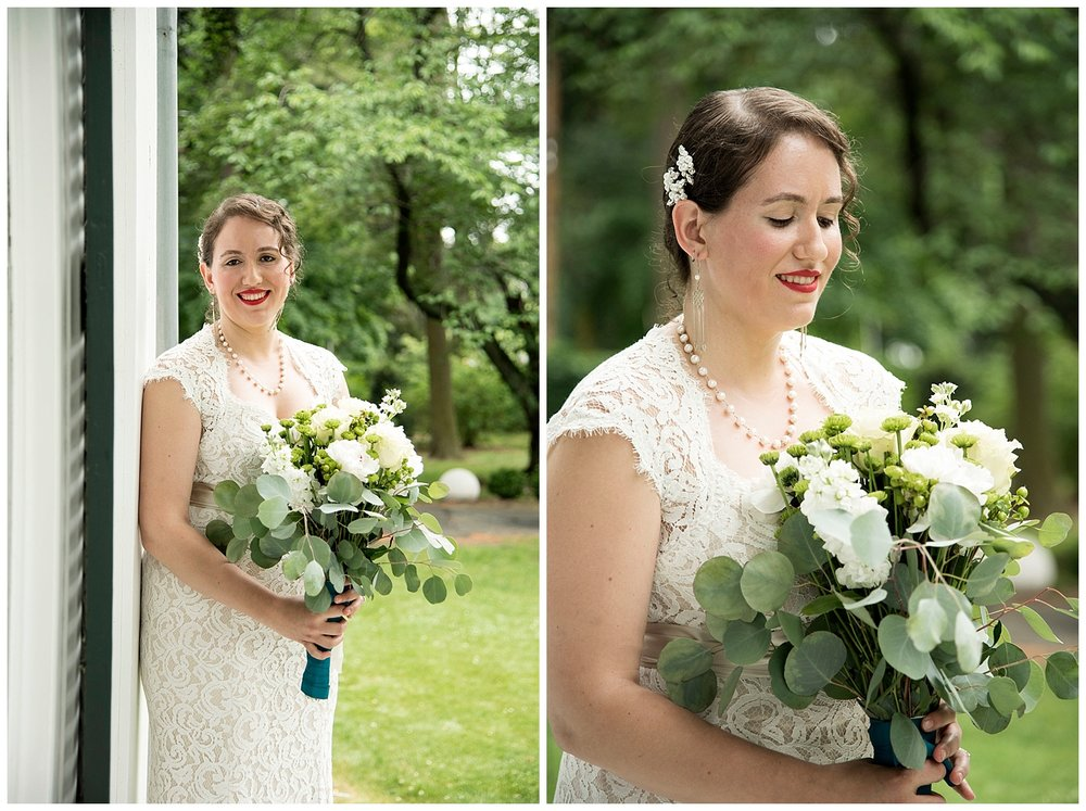 Connecticut_Wedding_Photographer_Burr_Mansion_Erny_Photo_CO_033First_Look_Bridal_Party_Photography.jpg