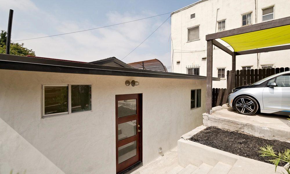 1240-Lilac-Pl-Los-Angeles-CA-print-001-Front-of-Home-4000x2667-300dpi.jpg