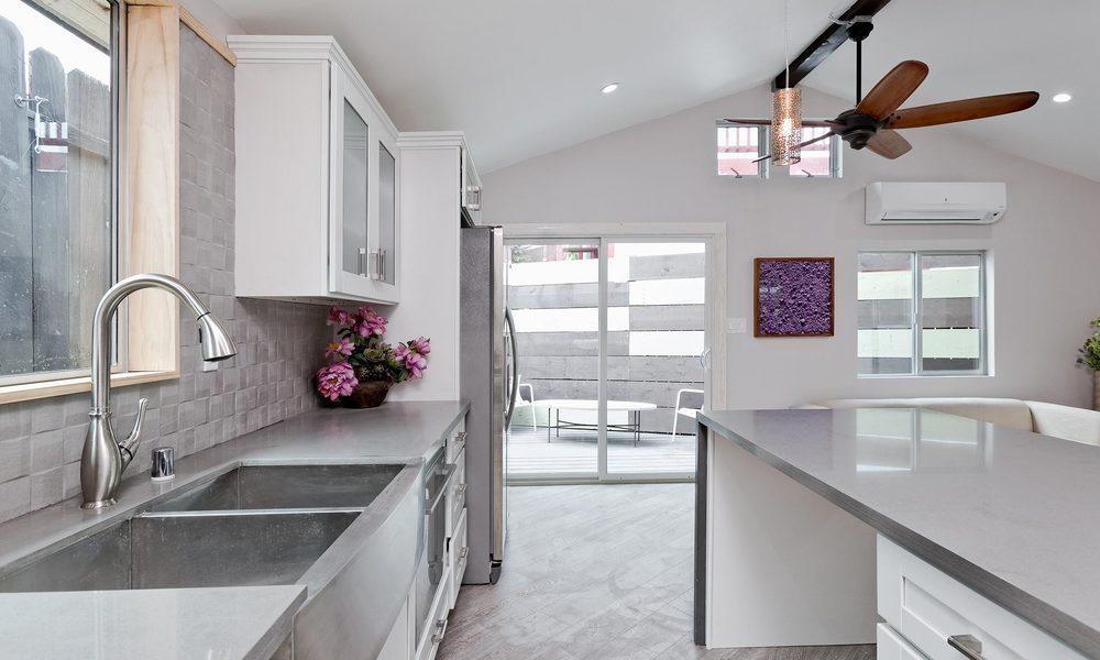 1240-Lilac-Pl-Los-Angeles-CA-print-007-Kitchen-4000x2667-300dpi.jpg