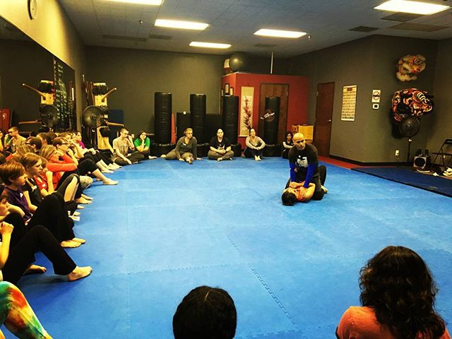 We had a nice turnout at our Women's Self Defense Jiu Jitsu open house! Big thanks to @melissanicholson1 for taking pictures! It was awesome having @klbee16 @dobrydonnyrose @vampiregirl86 @cat_bacon @steps_huettner and other current members there to help guide the participants! We're going to be producing a lot more videos in regards to this program, so stay tuned!