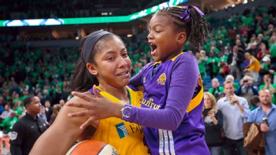 Candace Parker filled with emotion after Game 5 with her daughter Lailaa