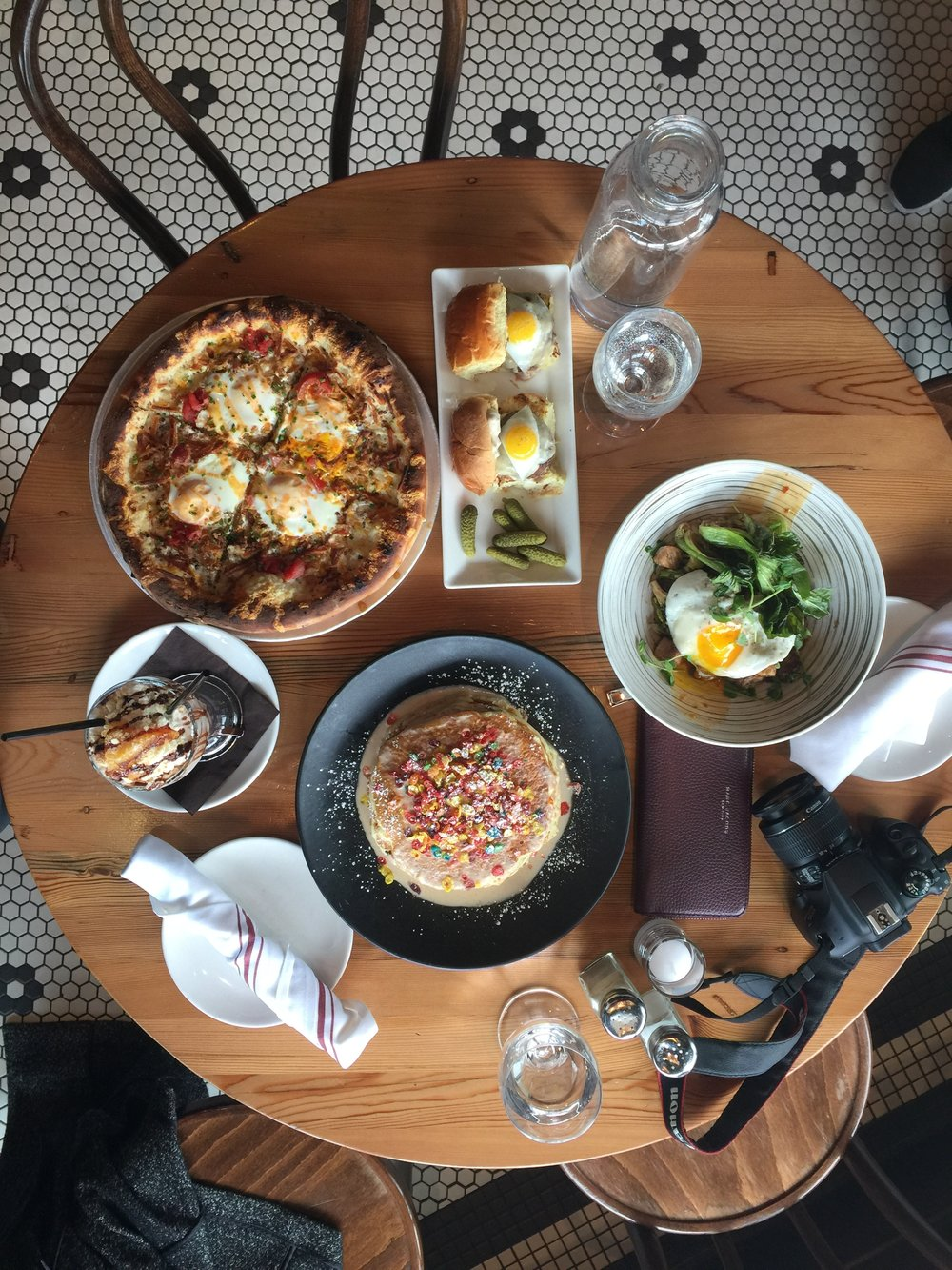 Lincoln-Tavern-Southie-Best-Brunch-Fruity-Pebbles-Pancakes