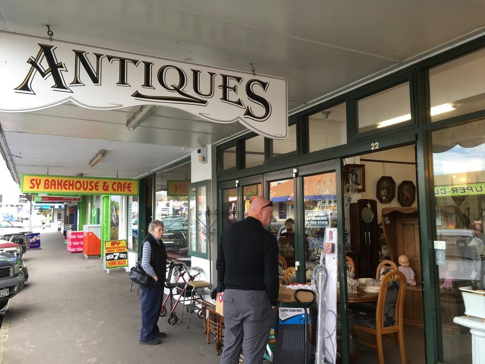 Katikati Antiques & Interiors