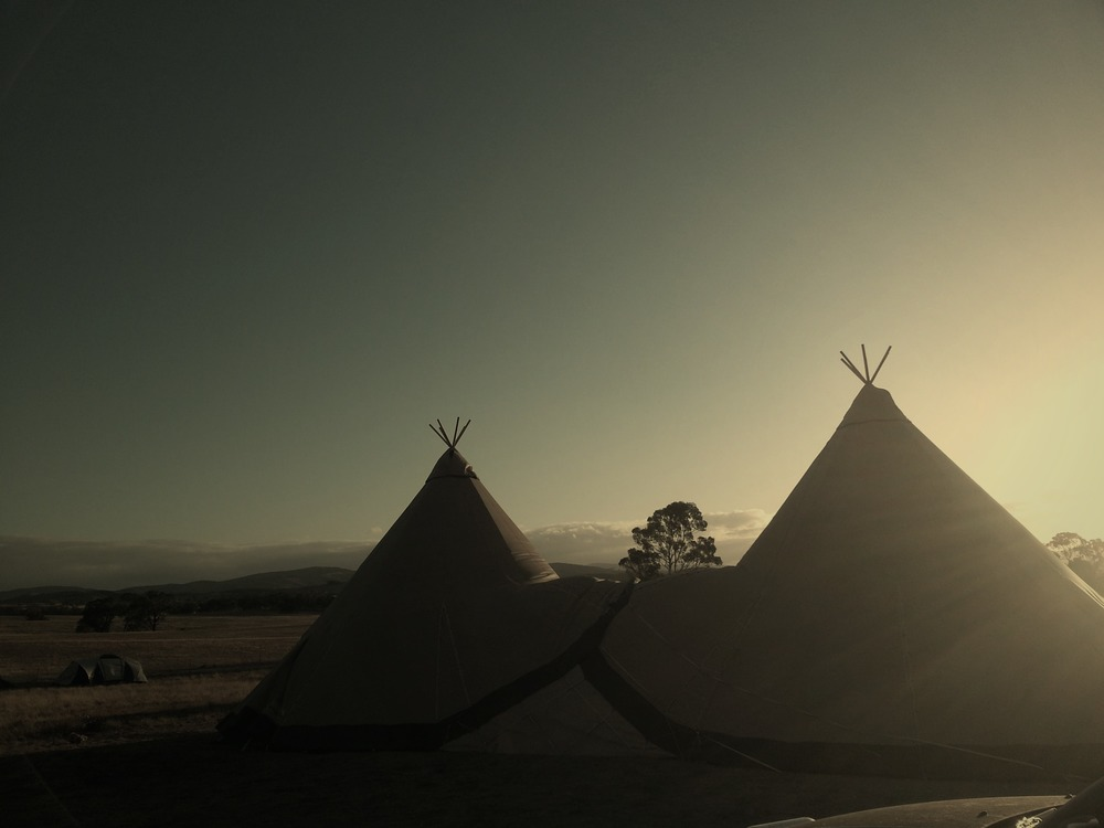 - TipiKata -   UNIQUE EVENTS in STUNNING TENTS