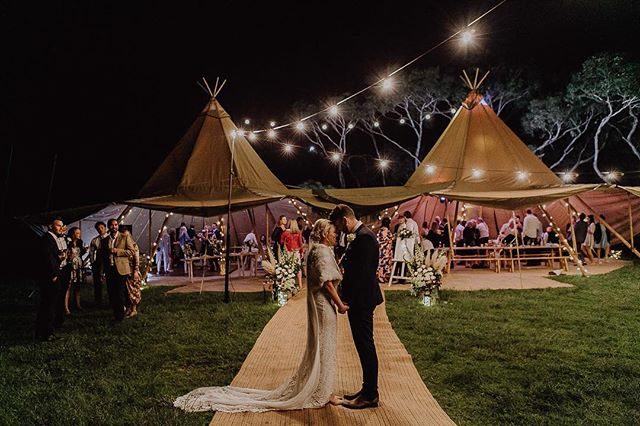Throwback to Nicole and Damian's seaside celebrations ♥️✨ Captured by @white_shutter_photography Venue @flinders_yacht_club Catering @moreishcatering @pizzawagonmelb @franklincoffee Dress @grace_loves_lace Planning @dreamcatcherweddings Florals @poppyculture_hq Celebrant @marrymemegan Stationary @_lovecarli Entertainment @jimmyandniki_ Featured @ivorytribe • • • #diywedding #weddinginspiration #weddingstyle #melbourne #bride #victoria #weddingdress #weddinginspiration #tipihiremelbourne #bohobride #tipikata #countrywedding #victoriawedding #tipihirevictoria #eventhire #weddingflowers #weddingstyle #weddingplans  #wedding2019 #melbournewedding #melbourneevents #centralvictoria #melbournecbd #gippsland #morningtonpeninsula #geelong #greatoceanroad #bendigo #ballarat #bellarinepeninsula #teepeewedding #tipiwedding