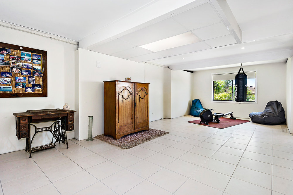 7-Living Room-web.jpg