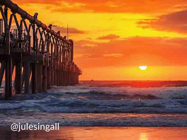 The Spit: https://www.instagram.com/julesingall •  Destination Gold Coast