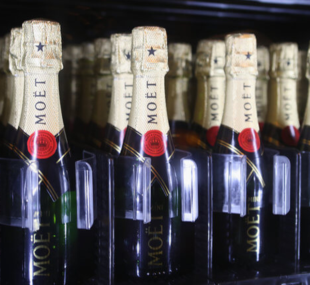 - THE GOLD COAST WELCOMES AUSTRALIA'S FIRST CHAMPAGNE VENDING MACHINE